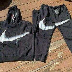 Nike Big Swoosh Sweatsuit Joggers Hoodie Set NWT
